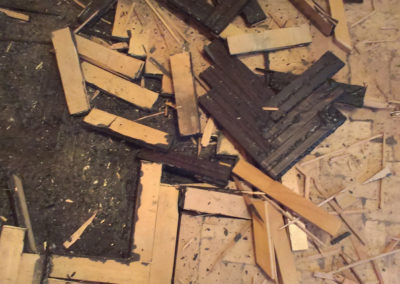 demontaz-sterka-vinylova-podlaha-10