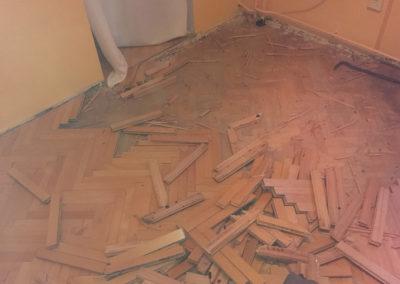 demontaz-sterka-vinylova-podlaha-11