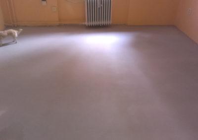 demontaz-sterka-vinylova-podlaha-3