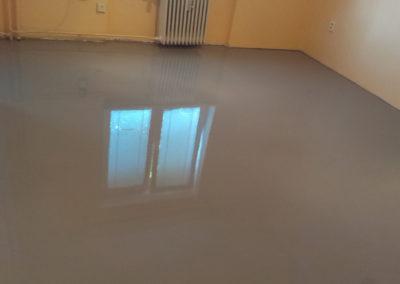demontaz-sterka-vinylova-podlaha-4