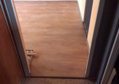 Laminátová podlaha široká prkna